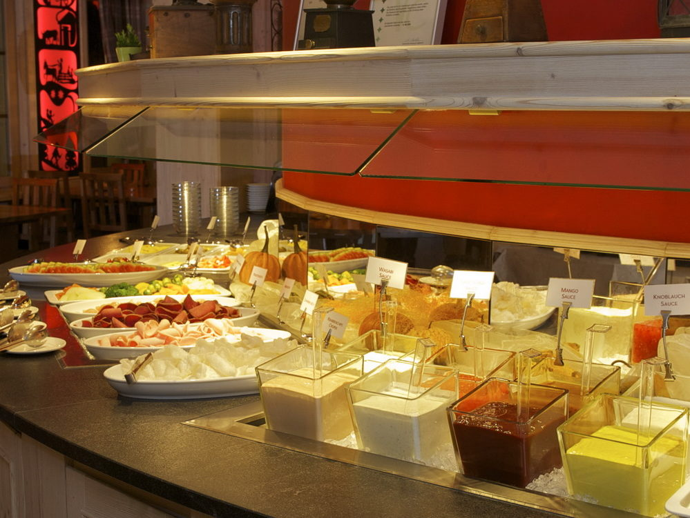 Fondue Chinoise Restaurant Taverne Hotel Interlaken
